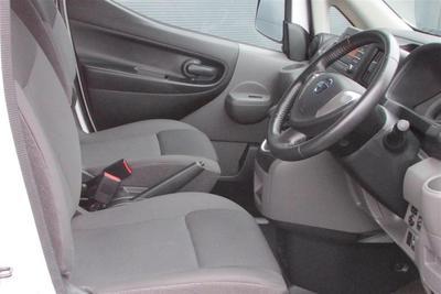 2015/16-Longer Small Van eg. Nissan NV200