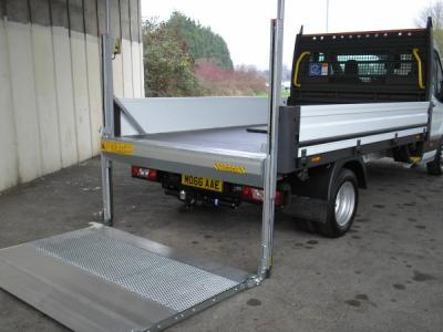 2017/18-3.5 Tonne Dropside with Tail Lift eg. Ford Transit 350 LWB