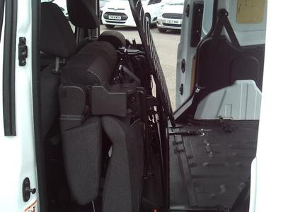 2017/18-Small Crewvan eg. Ford Connect 220 5 Seater