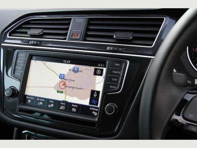 2018-Large eg. VW Tiguan 2.0TDi SE Nav BMT 4Motion