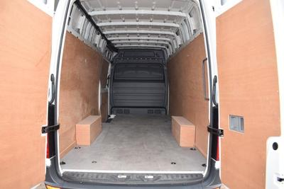 2015/16-Large Van eg. VW Crafter CR35 (3.2m Load Length)