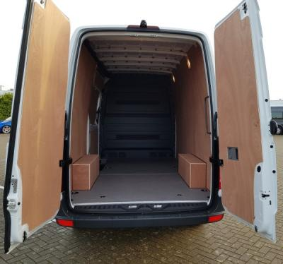 2018-Large Van eg. Mercedes Sprinter 314CDi (3.2m Load Length)
