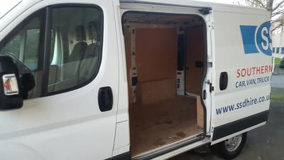 Wide Medium Van eg-Peugeot Boxer L1 H1