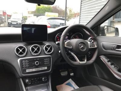 2018-Medum Premium eg. Mercedes A180D AMG LINE 5 Door
